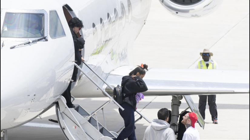 Ariana Grande, primeras imágenes de su llegada a Estados Unidos
