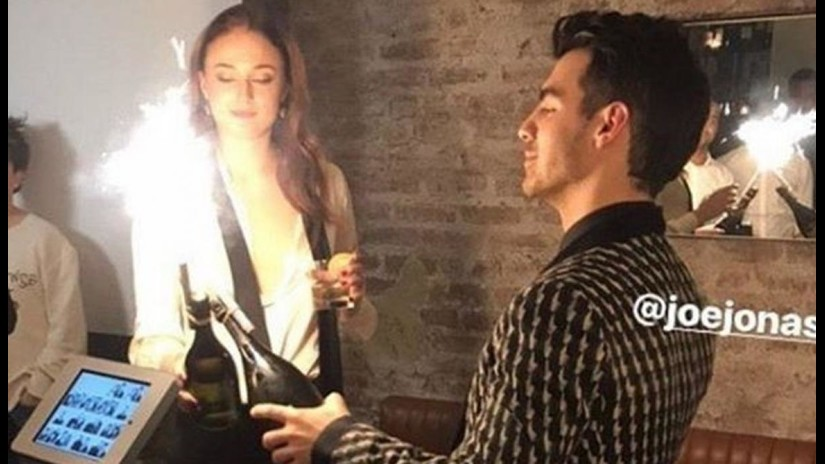 Joe Jonas y Sophie Turner celebran su compromiso