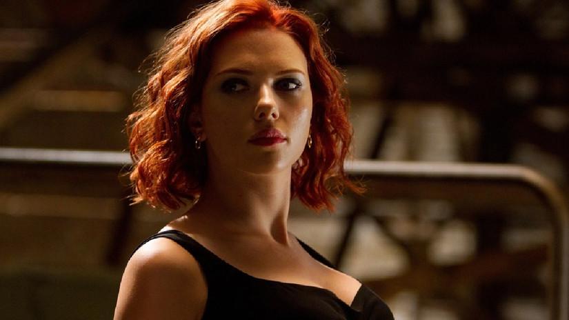Scarlett Johansson sorprende con cambio radical de look