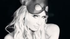 Paris Hilton sube la temperatura con fotos completamente desnuda