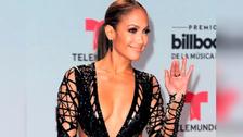 Billboard 2017: Jennifer Lopez alborotó la alfombra roja con impactante escote