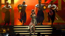 Camila Cabello: Mira su sexy debut como solista en los Billboard 2017