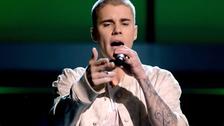 Justin Bieber demuestra que no se sabe la letra de Despacito