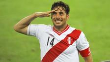 Claudio Pizarro quiere jugar el mundial y así le responden en las redes sociales