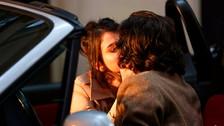 OMG! Selena Gomez y Timothée Chalamet son captados besándose