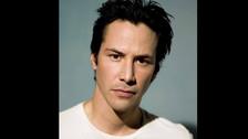 """El actor Keanu Reeves, el inolvidable Neo en la saga cinematográfica de Matrix, en tanto, afirmó haber vivido su primera experiencia paranormal a los 5 años, mientras jugaba en su habitación junto con su hermana y la niñera. """"Los tres vimos como una masa blanca incorpórea atravesó la puerta y cruzó toda la habitación antes de desaparecer"""""""
