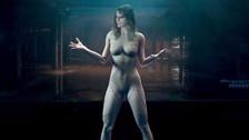 Taylor Swift impacta con desnudo en nuevo videoclip