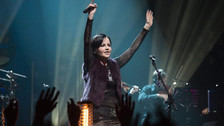 Confirman la muerte de Dolores O'Riordan, vocalista de The Cranberries