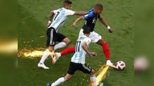 La diferencia de velocidad entre Mbappé y la defensa argentina es motivo de memes en internet