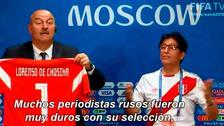 Mundial Rusia 2018: DT de Rusia celebra el triunfo con periodista peruano